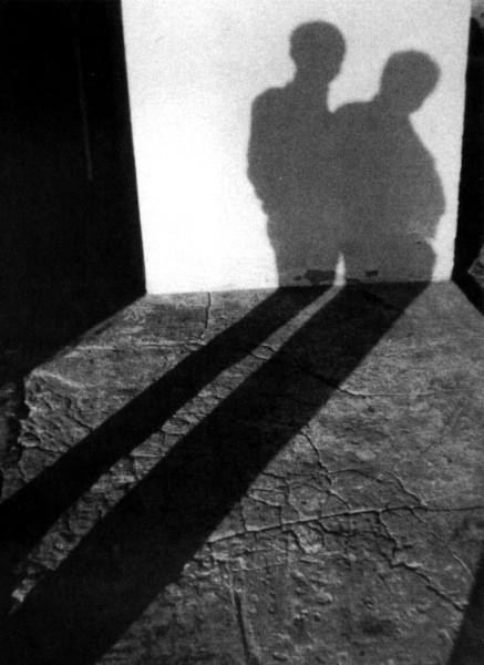 """Wystawa rzeźby i fotografii Anny Burlikowskiej """"Przejście-Zatrzymanie"""""""